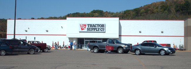 Tractor Supply Grove